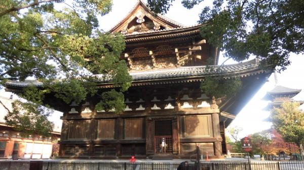 東寺・金堂